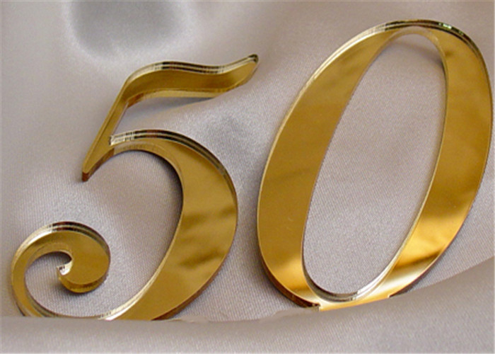 2,8mm Ayna Pleksi Altın - 81X61 Cm