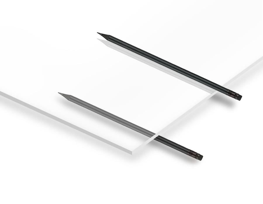 4.8mm Şeffaf Pleksiglas 67x100cm