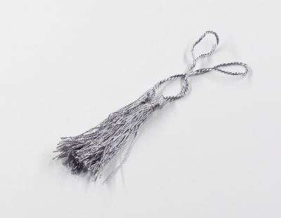 - Püskül Gümüş 9cm ( 100 Adet )