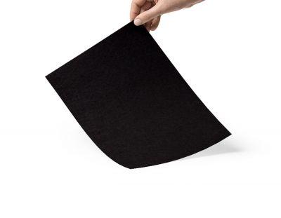 - Siyah 3mm keçe
